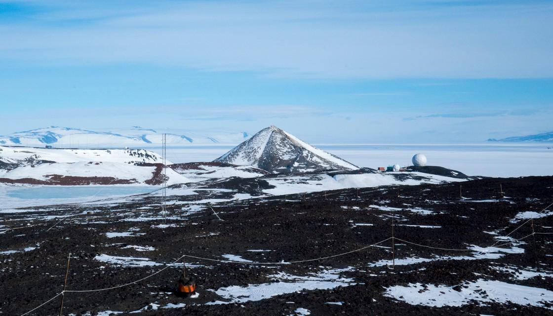antarctica-arrival-heights-the-second-orb-pyramid-mountain-BBA-NEWSHUB-1120